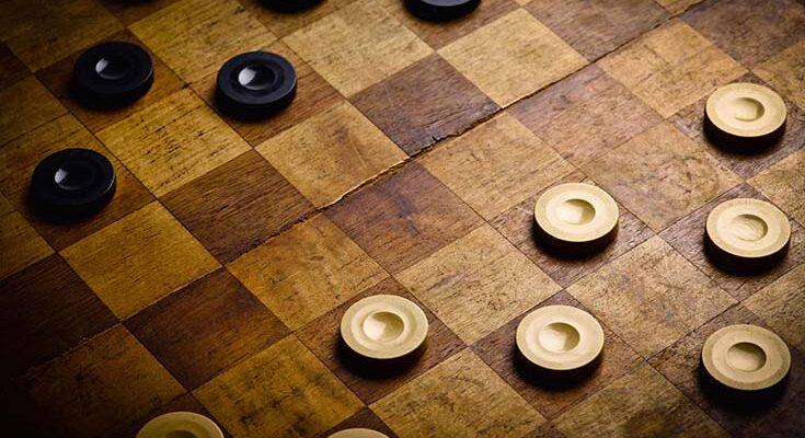 Разные игры с простыми шашками
