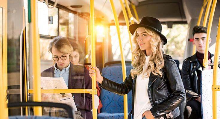 Знакомимся в общественном транспорте
